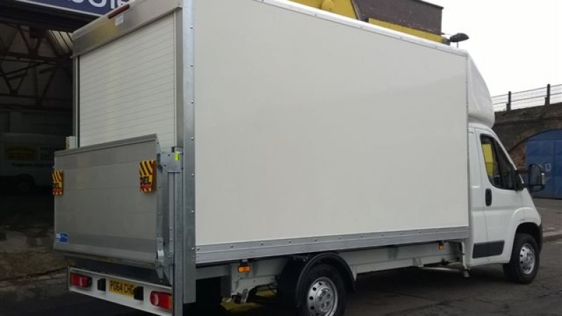 CITROEN Relay Luton Box with tail lift Car Hire Deals