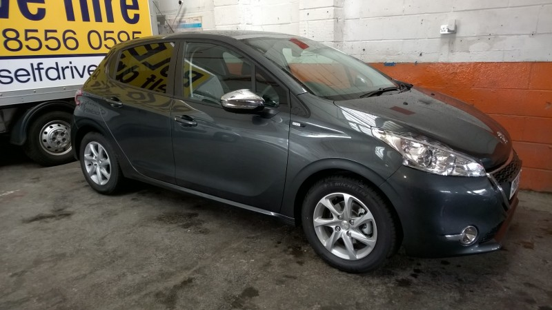 PEUGEOT 208 1.4 HDI STYLE Car Hire Deals
