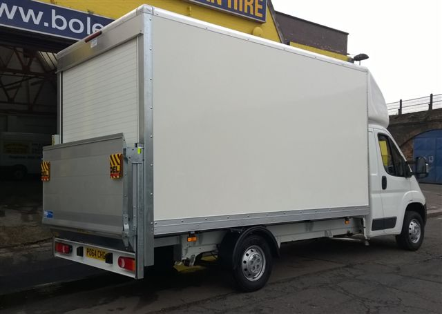 citroen relay luton box with tail lift for hire in e3 e4. Black Bedroom Furniture Sets. Home Design Ideas