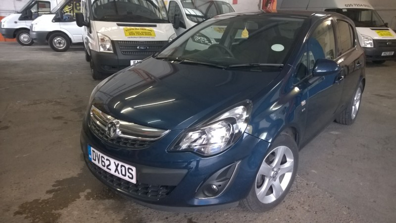 VAUXHALL CORSA 1.4 SXI   (GREY) Car Hire Deals